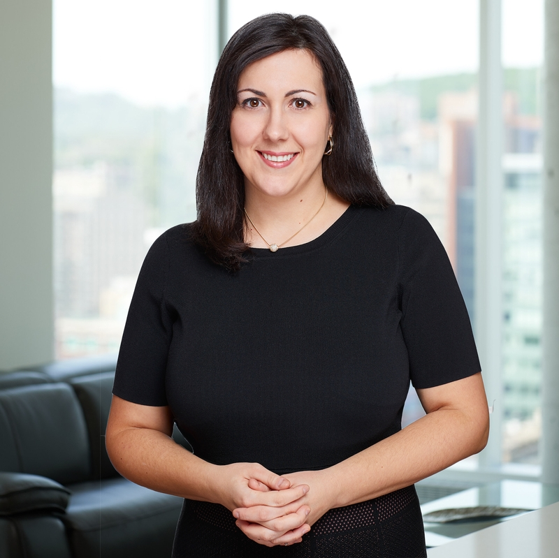 Celina Machado directrice opérations et marketing Équipe Martin Dumont groupe sutton synergie inc